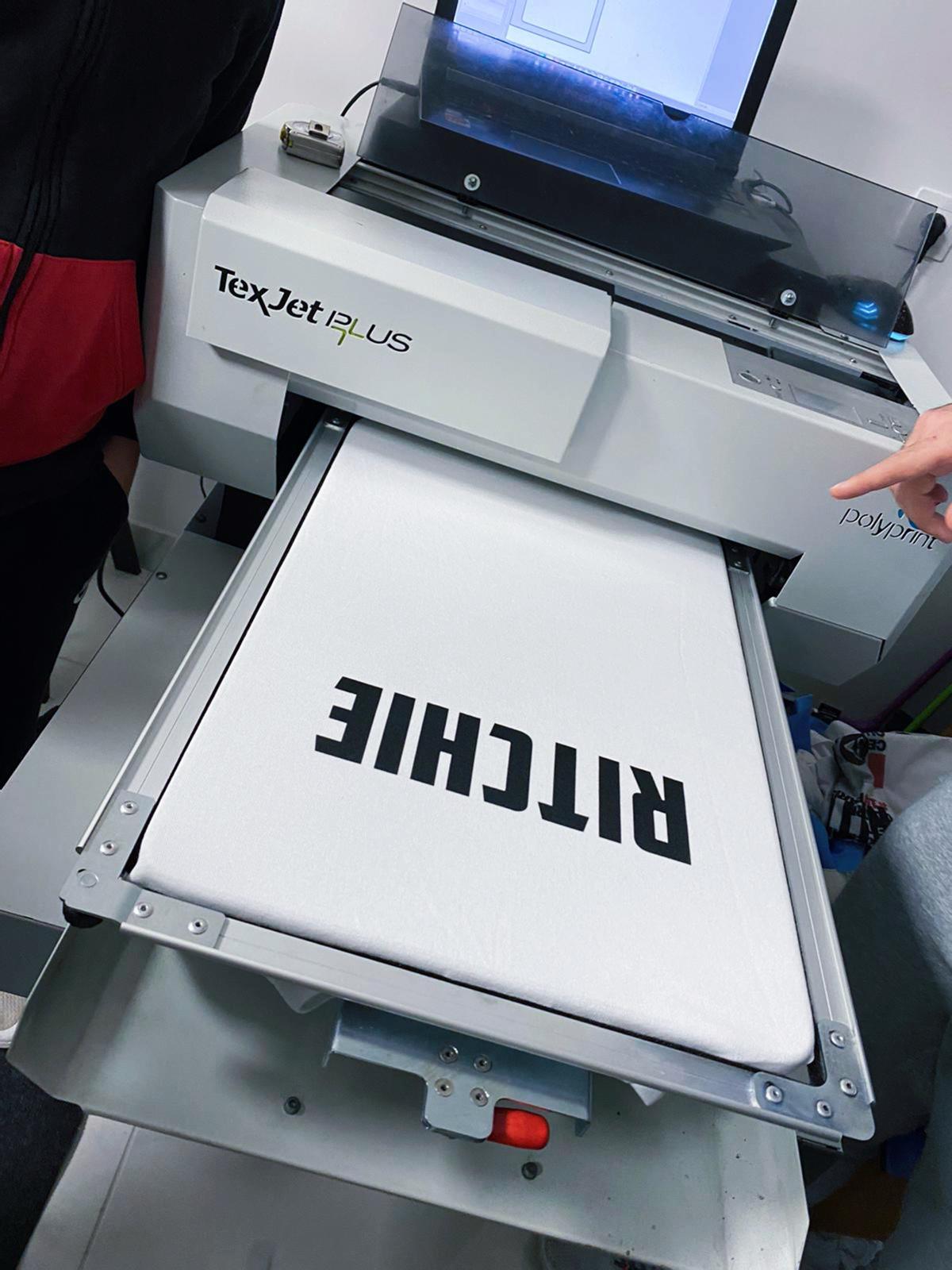 Une journée dans un atelier d'impression textile !